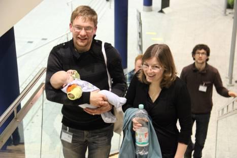 Als Familie das Evangelium hören. Foto: Thomas Schneider