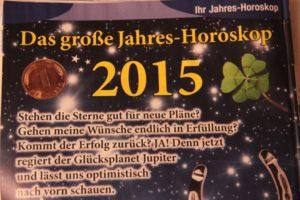 Mit dem Horoskop in die Zukunft schauen. Foto: Thomas Schneider/agwelt