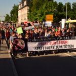 """""""Schweigemarsch für das Leben"""" von Protesten begleitet"""